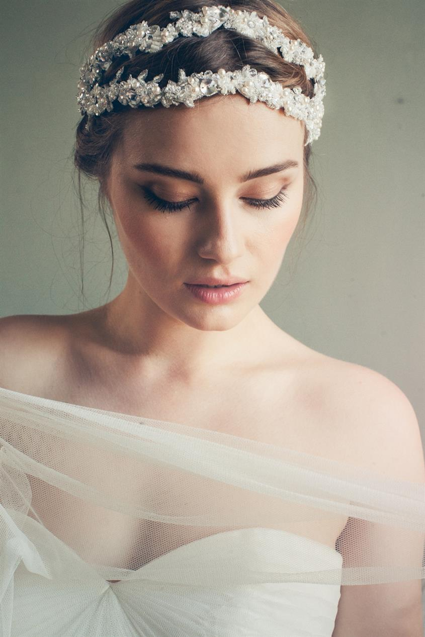 Maggie - Bridal Headband with Parisian Chic from Jannie Baltzer