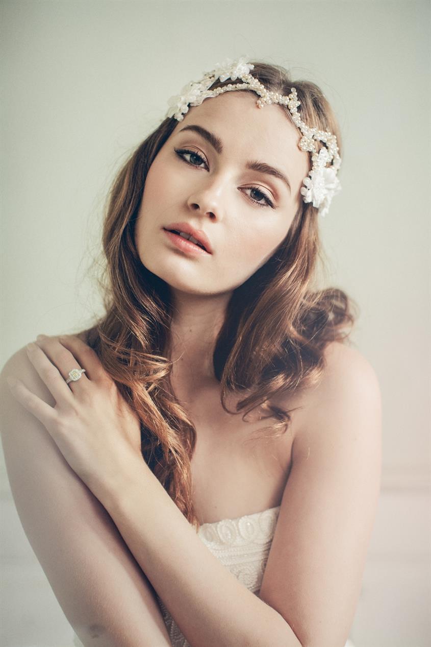 Marta - Bridal Headband with Parisian Chic from Jannie Baltzer