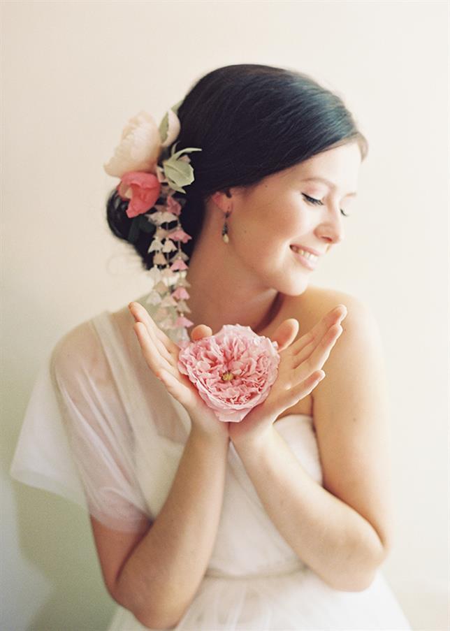 Rose Bridal Perfume - Eglantine