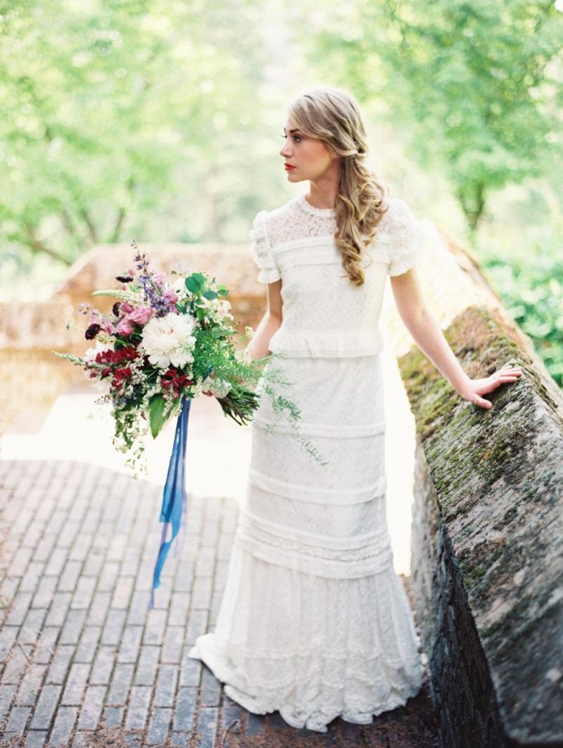 """Romantic Vintage Bride - """"The Secret Garden"""" A Romantic Garden Wedding Inspiration Shoot"""