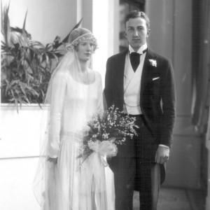 Chic Vintage 1920s Bride - Pamela Gladstone