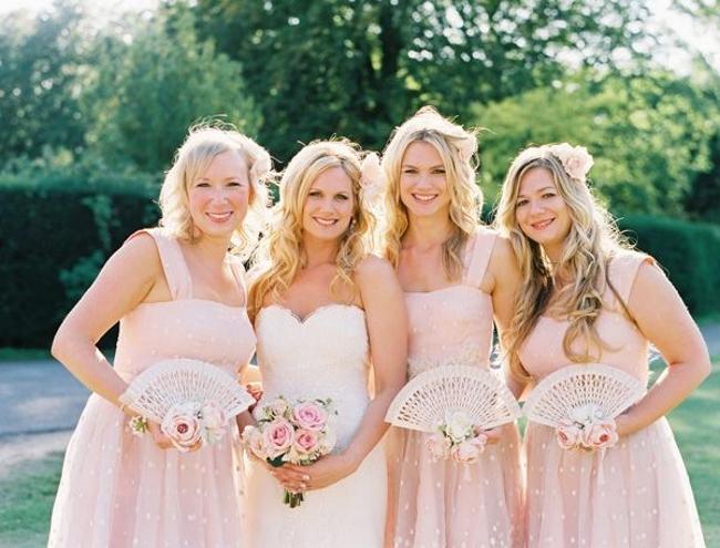 10 Unique & Creative Bridesmaid Bouquet Alternatives