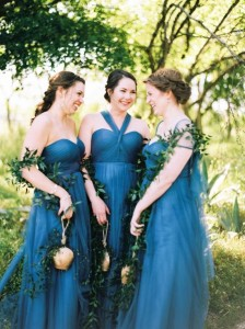 10 Unique & Creative Bridesmaid Bouquet Alternatives - Cow Bells