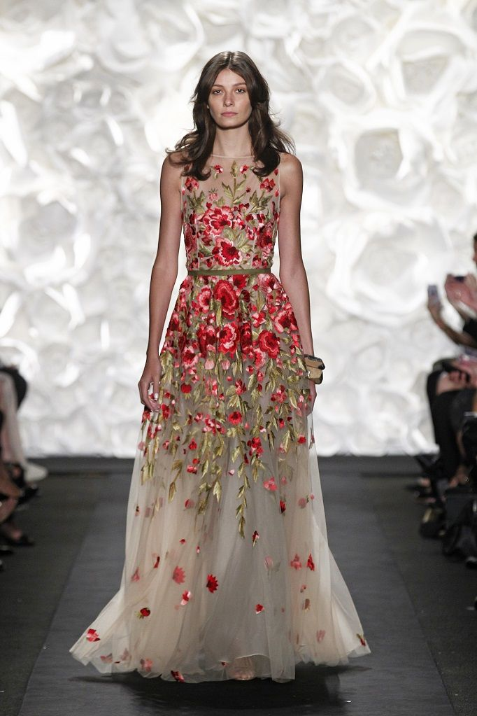 07606ffd0036d 20 Floral Wedding Dresses That Will Take Your Breath Away - Naeem Khan Spring  2015