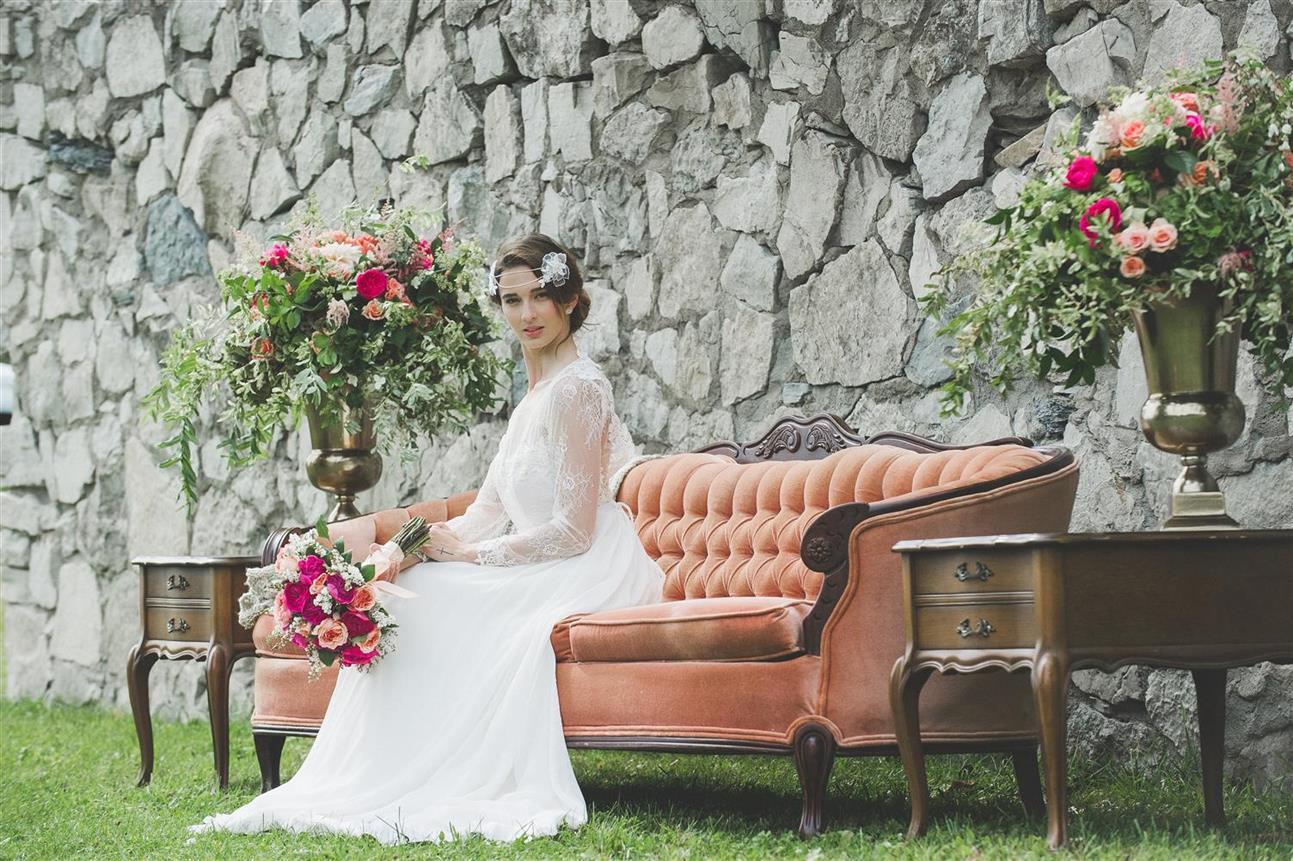 Vintage Bride & Wedding Furniture - A Romantic Vintage Wedding Inspiration Shoot from Sue Gallo Designs