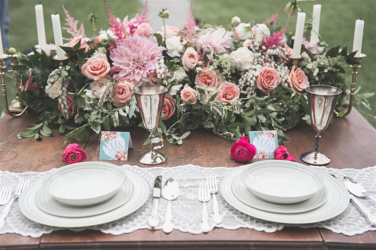 Vintage Wedding Tablescape - A Romantic Vintage Wedding Inspiration Shoot from Sue Gallo Designs