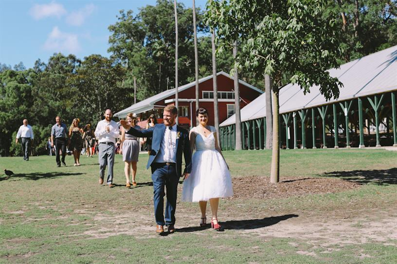 Vintage Bride & Groom - A 1950s Inspired Woodland Wedding