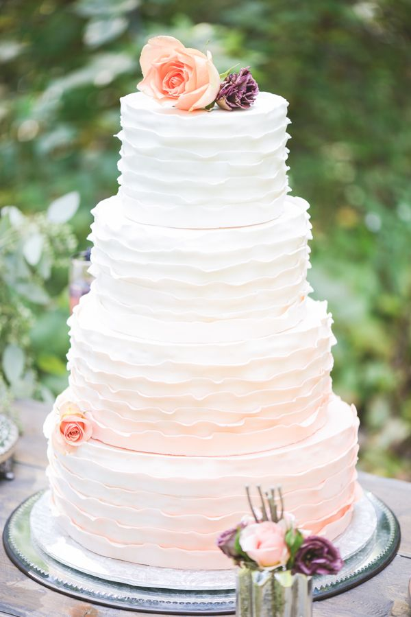 5 Beautiful Spring Wedding Cake Ideas - Ruffled