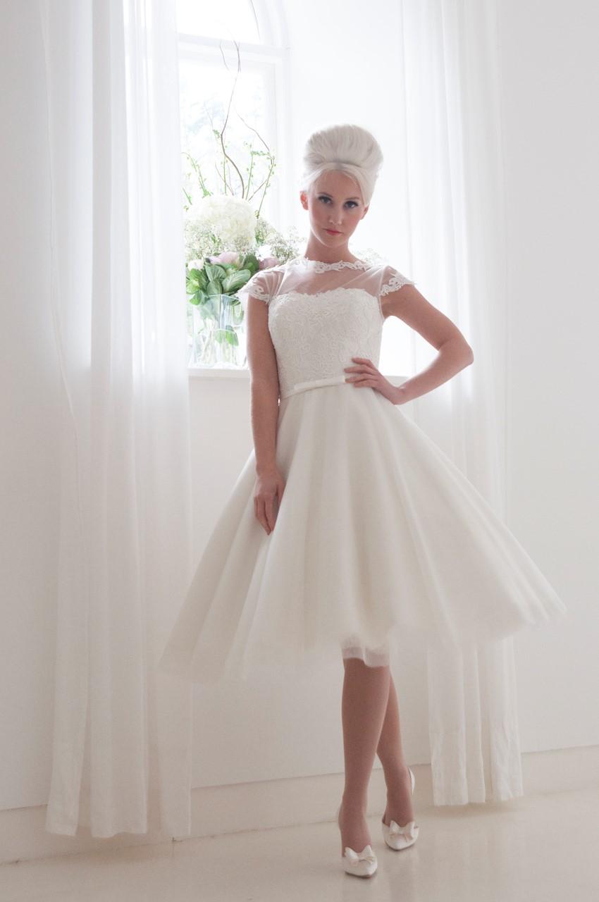 Peonie Tea Length Wedding Dress From House Of Mooshki S 2016 Bridal Collection