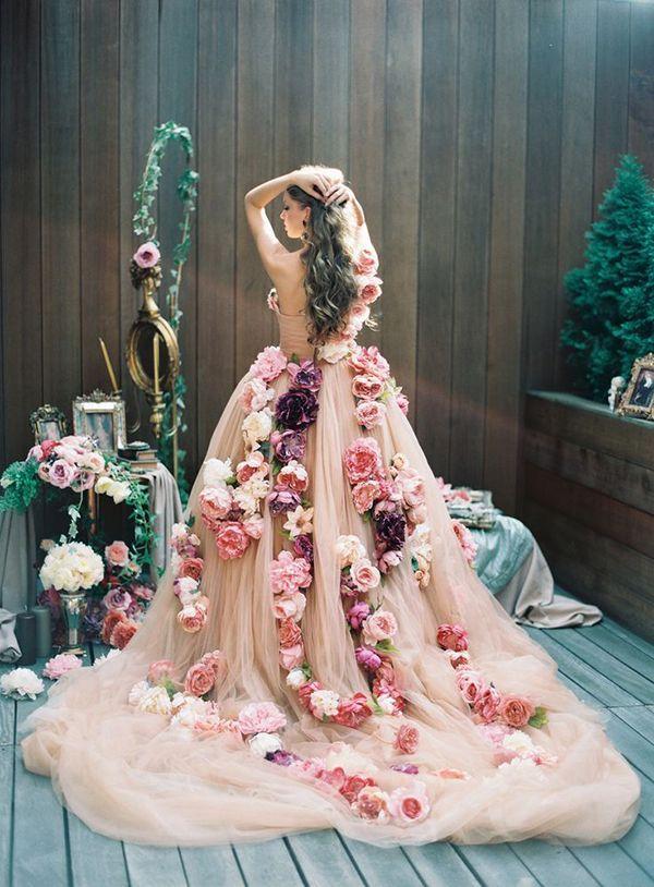 A Suitably Springtime Wedding Dress