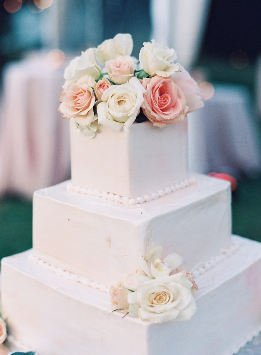 Wedding Cake - An Elegant & Intimate Autumn Wedding
