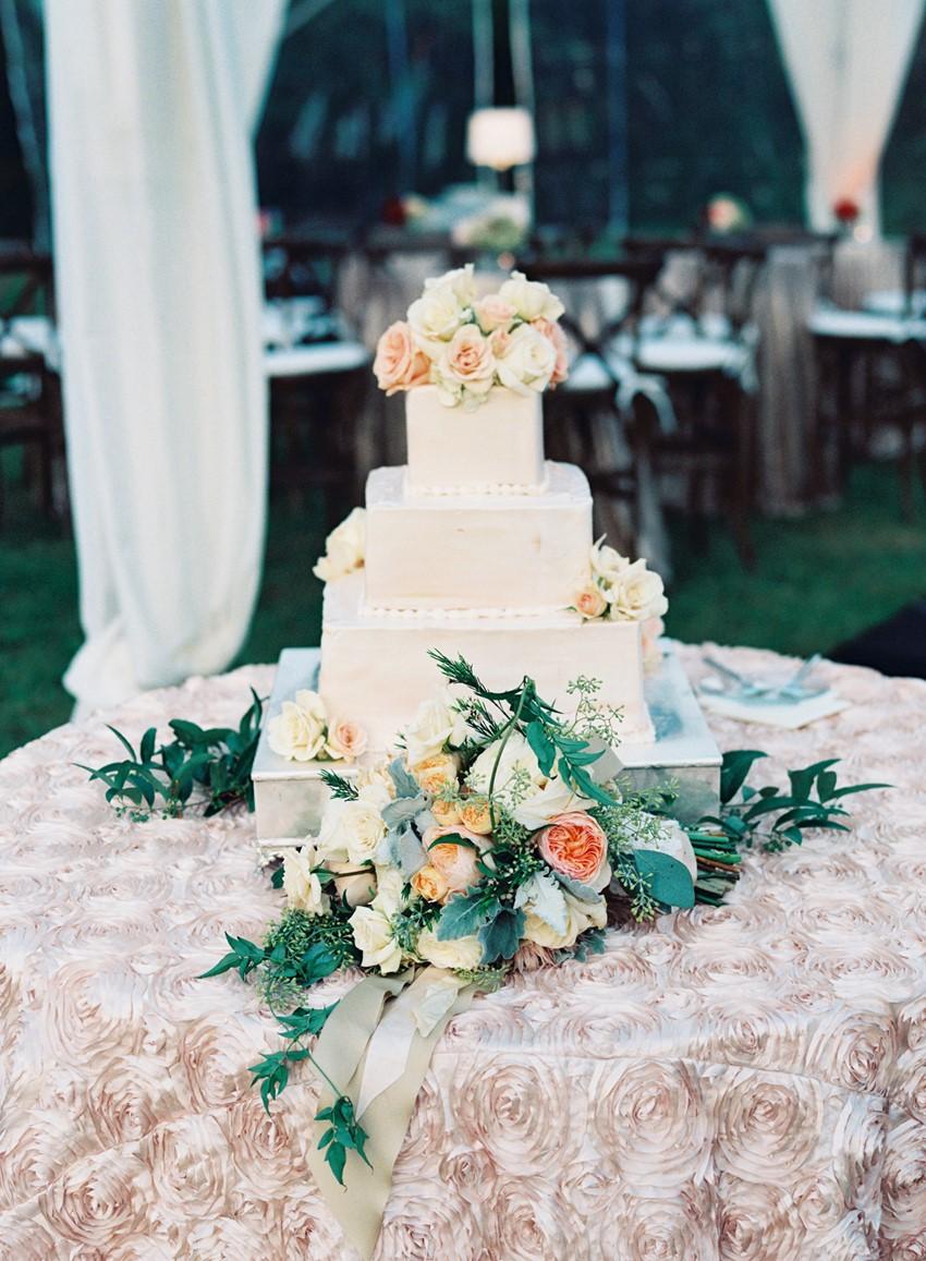 Elegant Wedding Cake - An Elegant & Intimate Autumn Wedding