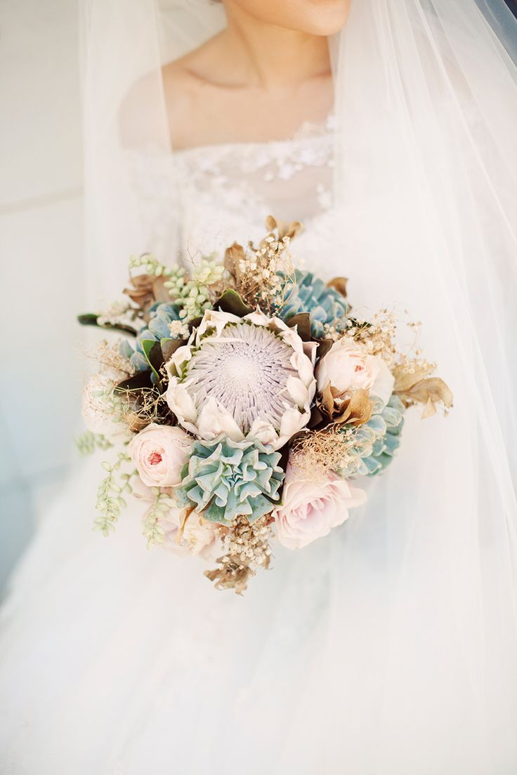 Wedding Bouquet Recipe ~ A Stunning King Protea Bridal Bouquet for a Destination Wedding