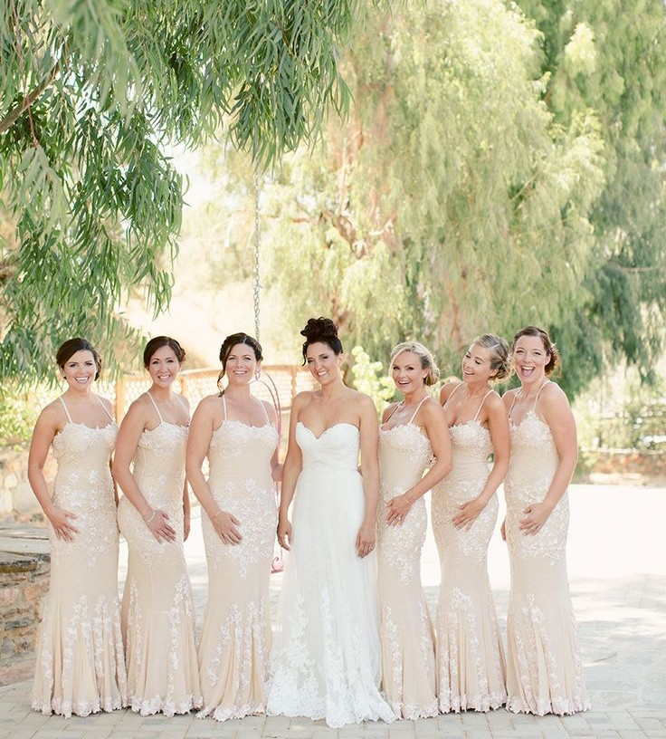 5 Stunning Modern Vintage Summer Bridesmaids Looks Delicate Lace