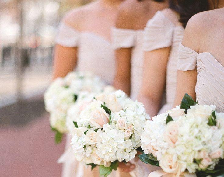 5 Stunning Modern Vintage Summer Bridesmaids Looks - Off The Shoulder Sleeves