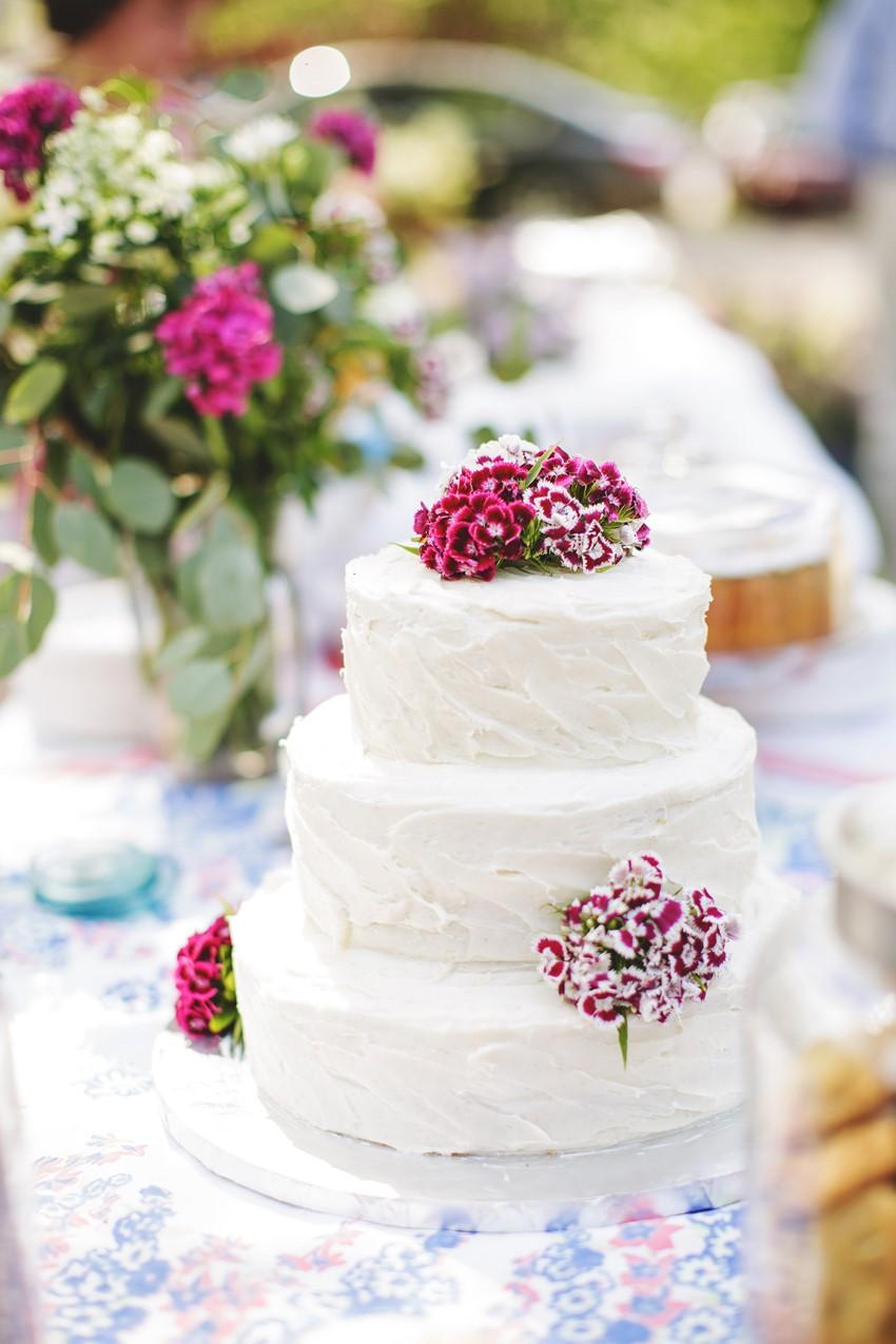 DIY Wedding Cake - A Vintage Garden Wedding