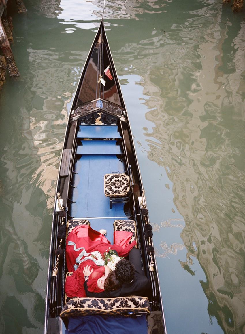 A Beautifully Romantic Venice Elopement