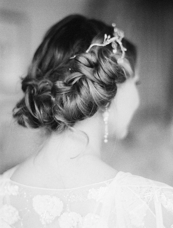 20 Elegant Art Deco Bridal Hair & Makeup Ideas