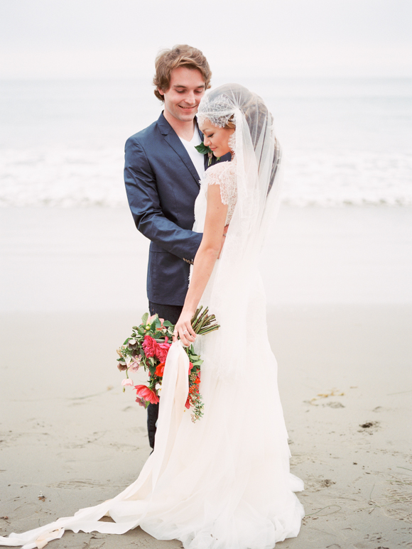 A Modern-Vintage Beach Wedding Inspiration Shoot Brimming with Romance