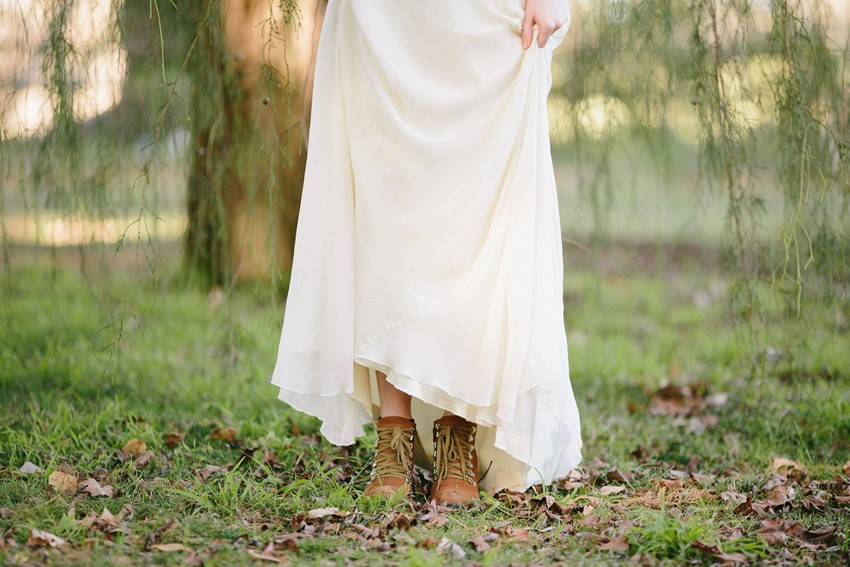 Rustic Vintage Bride - A Rustic Vintage Wedding Inspiration Shoot at Montrose Berry Farm