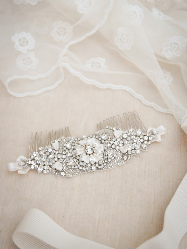 Beautiful Veils and Bridal Hair Accessories from Elibre Handmade