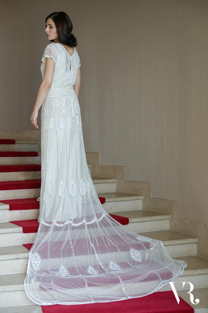 20 Art Deco Wedding Dresses With Gatsby Glamour