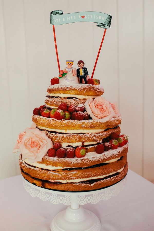 20 Wedding Cake Ideas for the 1950s Loving Bride