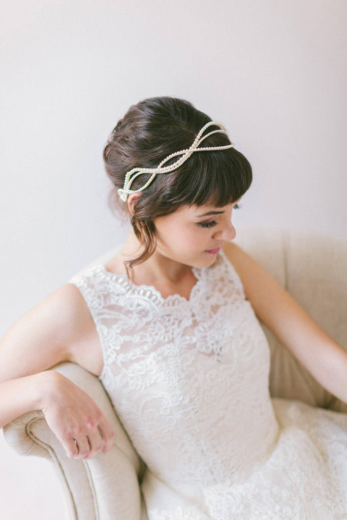 20 Perfect Hair Accessories for the 1950s Loving Bride - Pearl headband