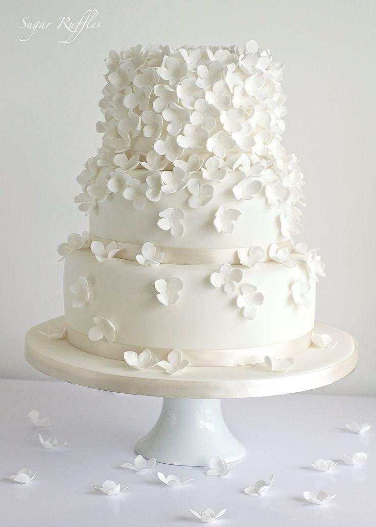 20 Wedding Cake Ideas for the 1950s Loving Bride