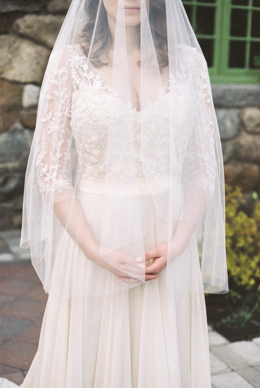 Bridal Veil - Romantic Al Fresco Wedding Ideas Inspired by Tuscany
