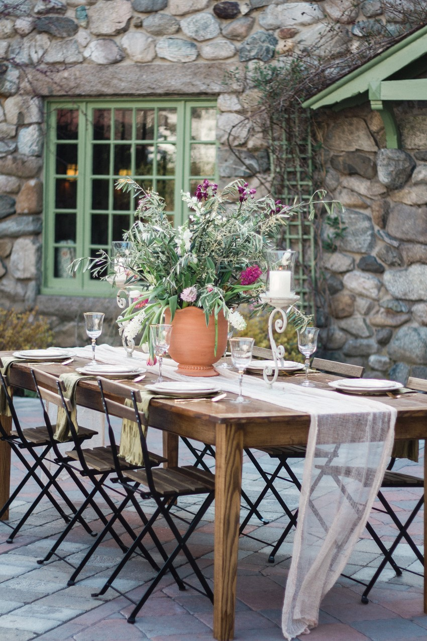 Outdoor Wedding Tablescape  - Romantic Al Fresco Wedding Ideas Inspired by Tuscany