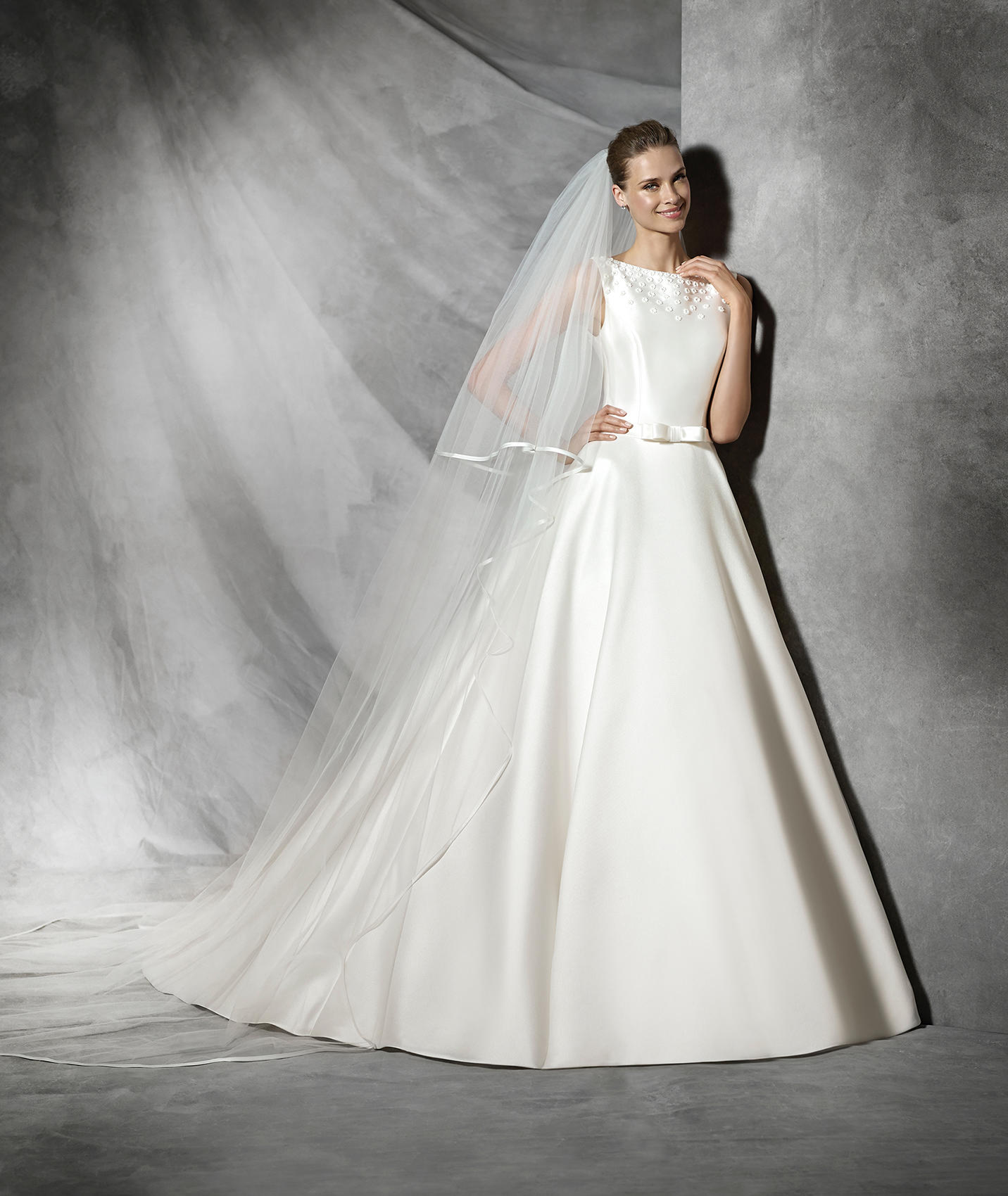 Vintage Wedding Dress - Pronovias Tresol Wedding Dress
