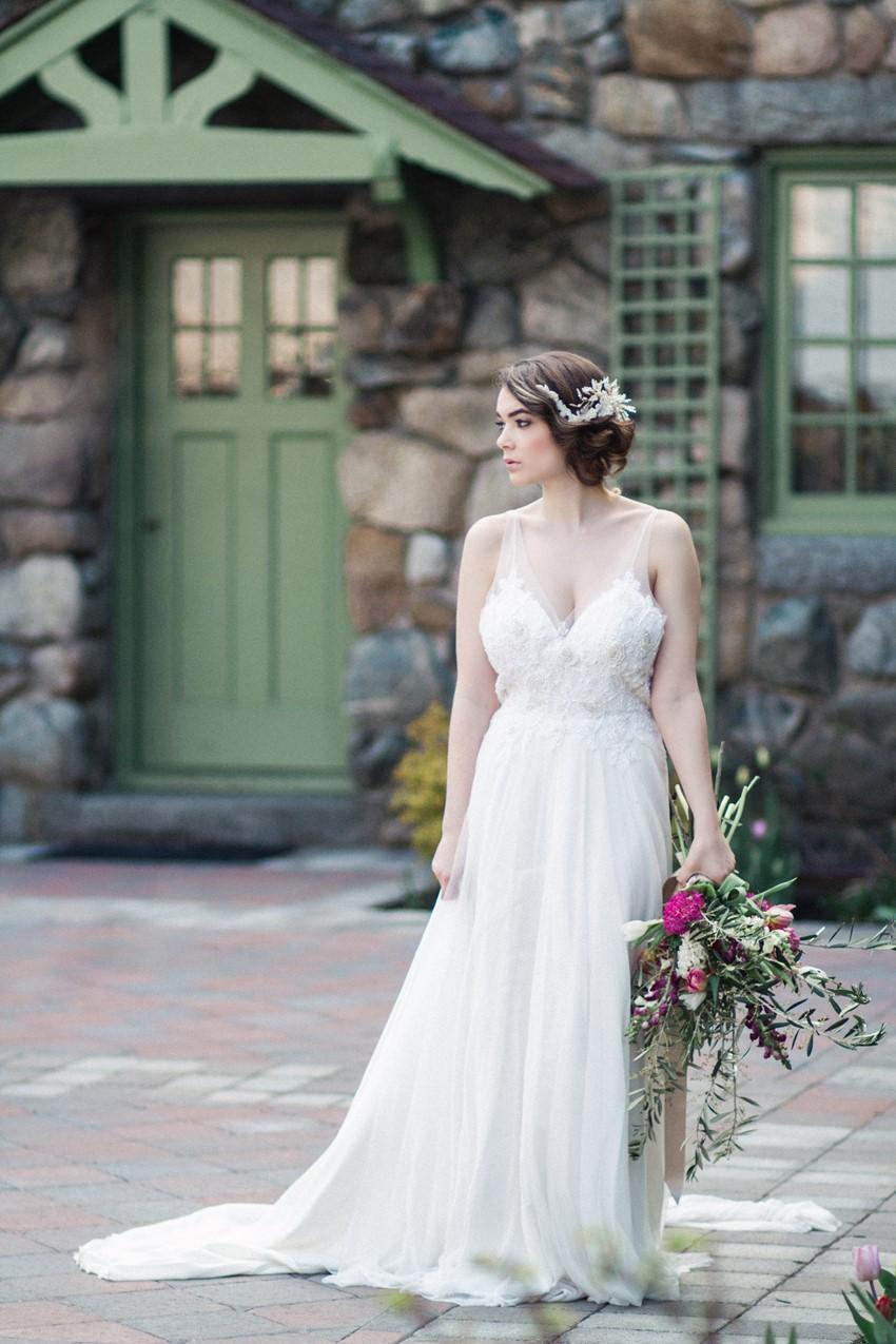 Beautiful Bride - Romantic Al Fresco Wedding Ideas Inspired by Tuscany