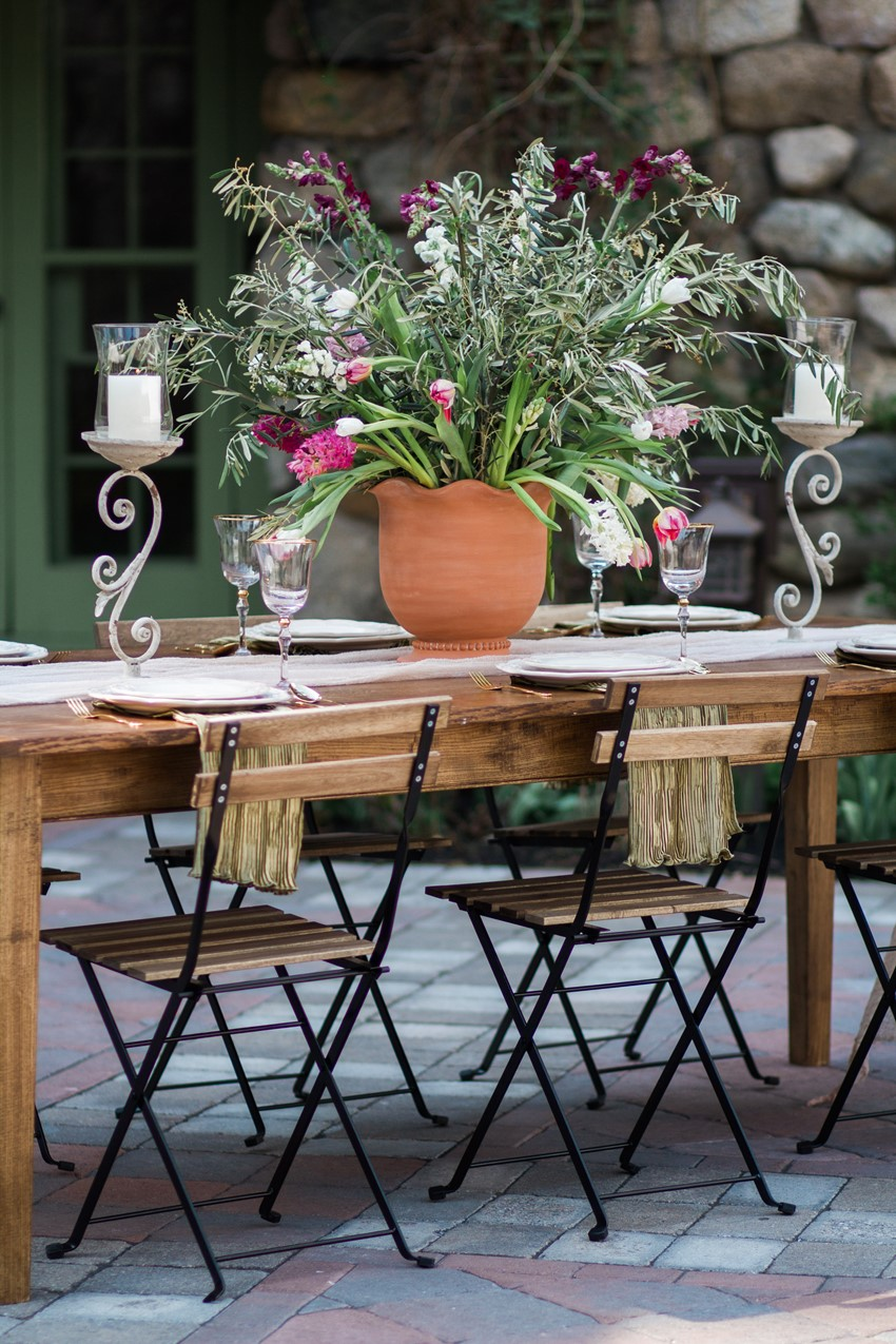 Al Fresco Tablescape - Romantic Al Fresco Wedding Ideas Inspired by Tuscany