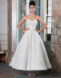 Vintage Wedding Dress - Justin Alexander Signature tea length wedding dresses style 9800