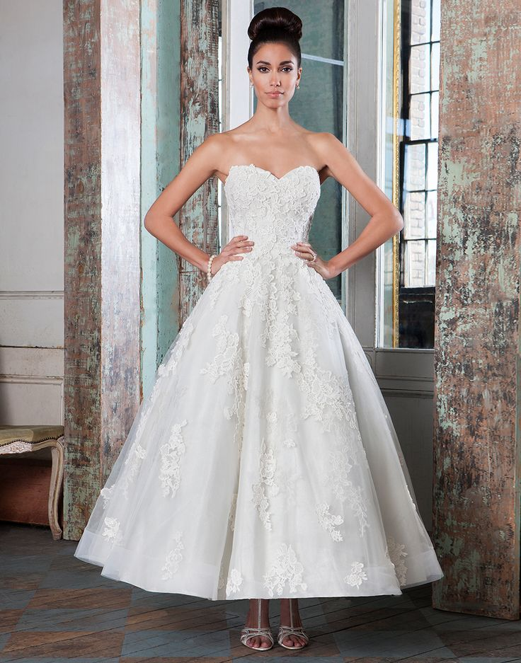 Vintage Wedding Dress - Justin Alexander Signature tea length wedding dresses style 9800