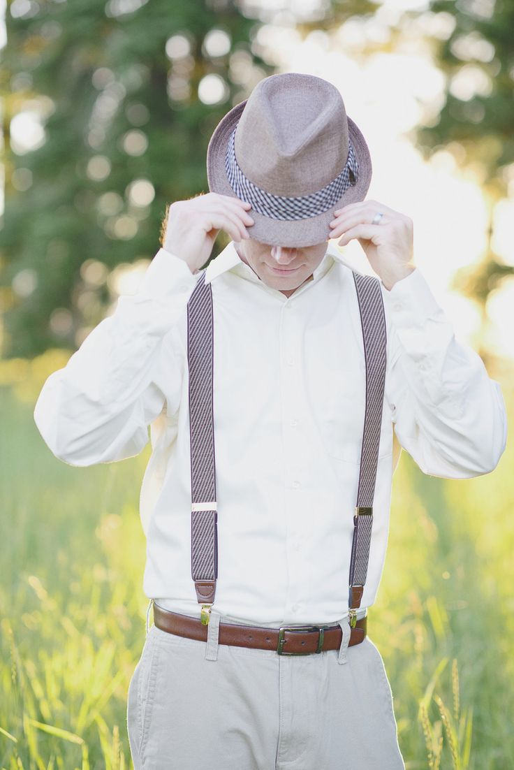 Fedora Hat - 20 Stylish Grooms & Groomsmen Looks for a 1950s Wedding