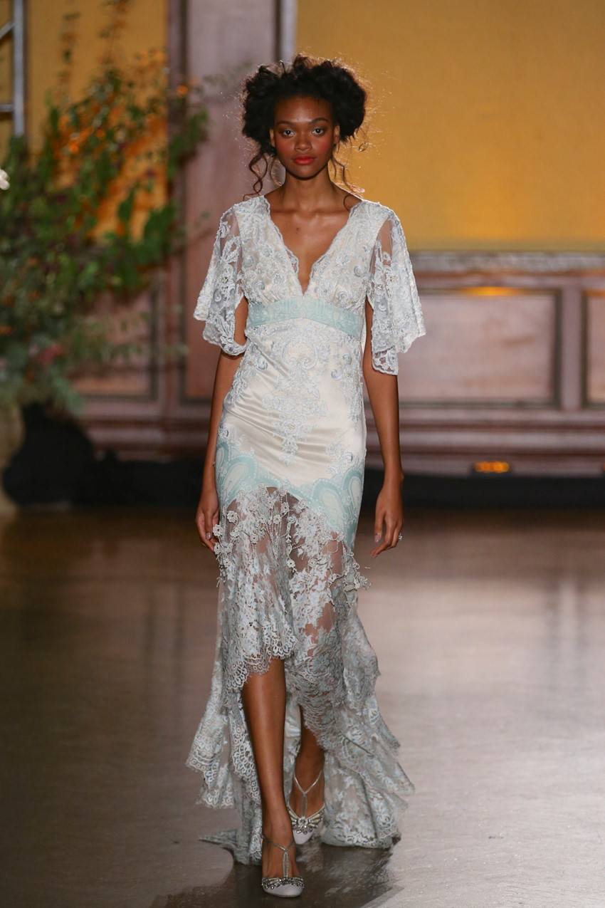 'The Gilded Age' Claire Pettibone's Dine Fall 2016 Bridal Collection