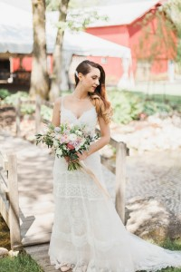 Modern Vintage Wedding Dress - A Romantic Modern-Vintage Wedding with an Elegant Barn Reception