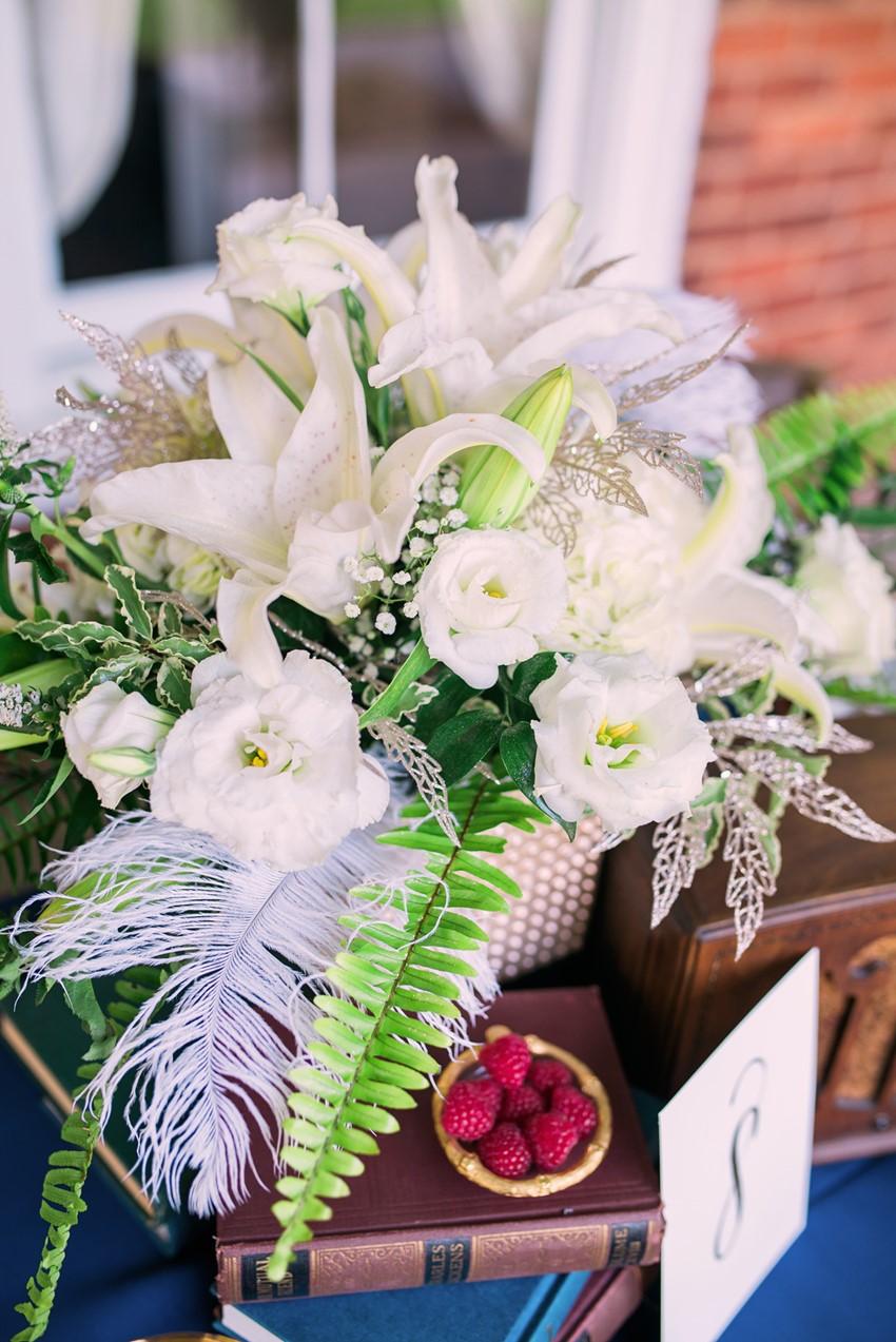 Art Deco Wedding Centrepiece - Stylish Jazz Age Wedding inspiration Full of Decadence