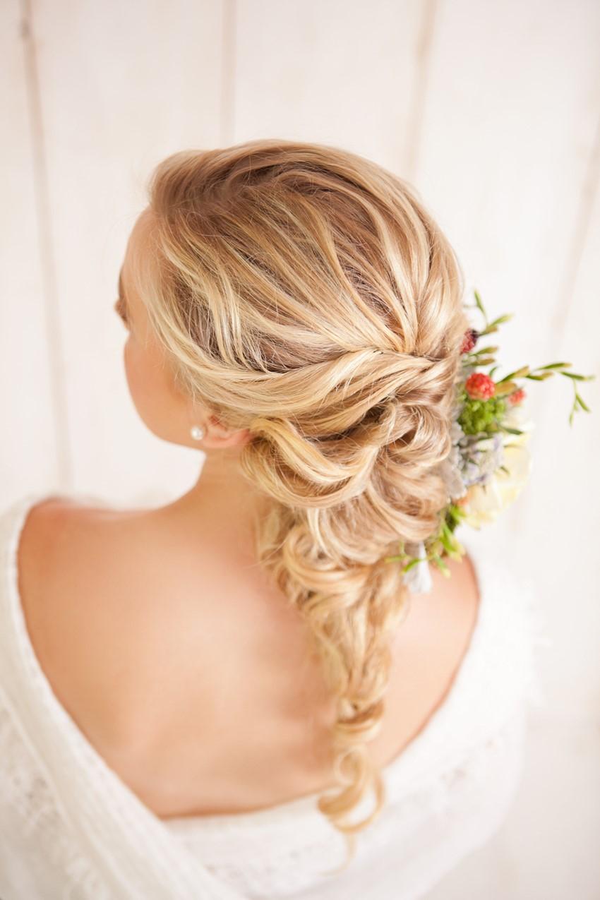 Diy Fancy French Twist Bridal Updo Chic Vintage Brides