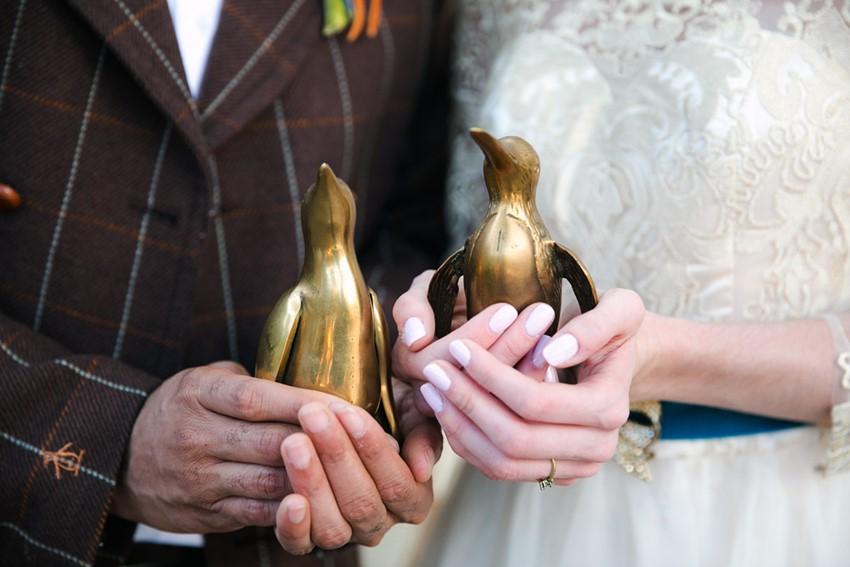 Penguin Themed Wedding - Mid-Century Vintage Wedding Shoot Inspired by Penguin Books