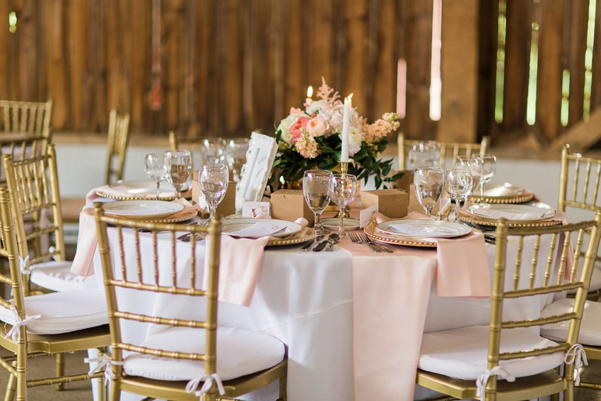 Elegant Barn Wedding Tablescape - A Romantic Modern-Vintage Wedding with an Elegant Barn Reception Romantic Modern-Vintage Wedding with an Elegant Barn Reception