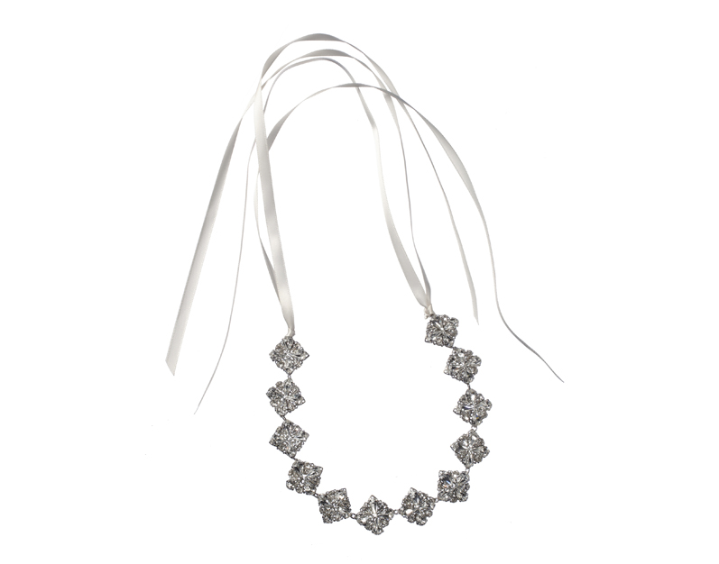 A Black Friday Sale Not To Be Missed - 70% Off Selected Bridal Accessories at Elizabeth Bower