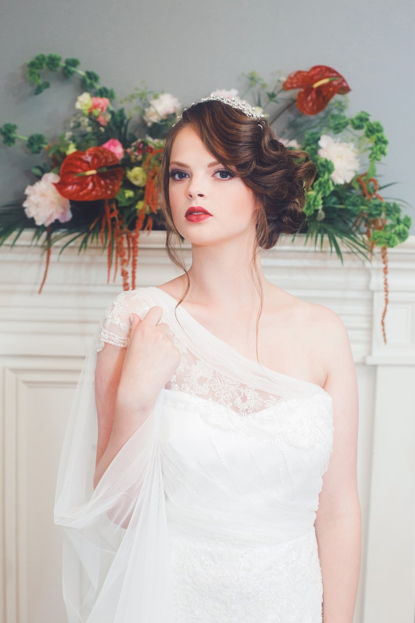 Art Deco Bride - A 1920s Speakeasy-Inspired Wedding Styled Shoot