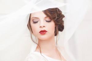 Art Deco Bridal Makeup - A 1920s Speakeasy-Inspired Wedding Styled Shoot