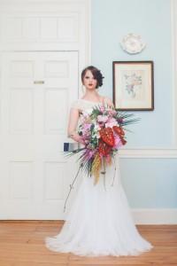 Art Deco Bride & Bouquet - A 1920s Speakeasy-Inspired Wedding Styled Shoot