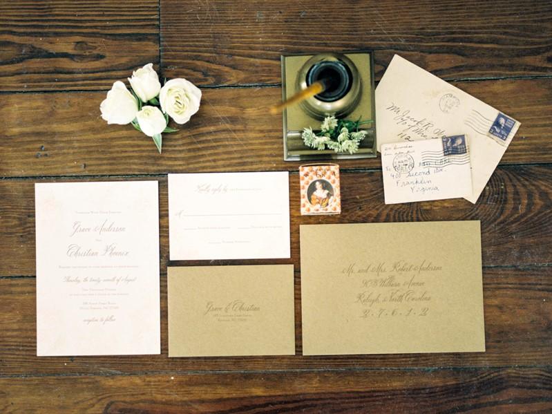 Love Lasts - Elegant Vintage Wedding Inspiration