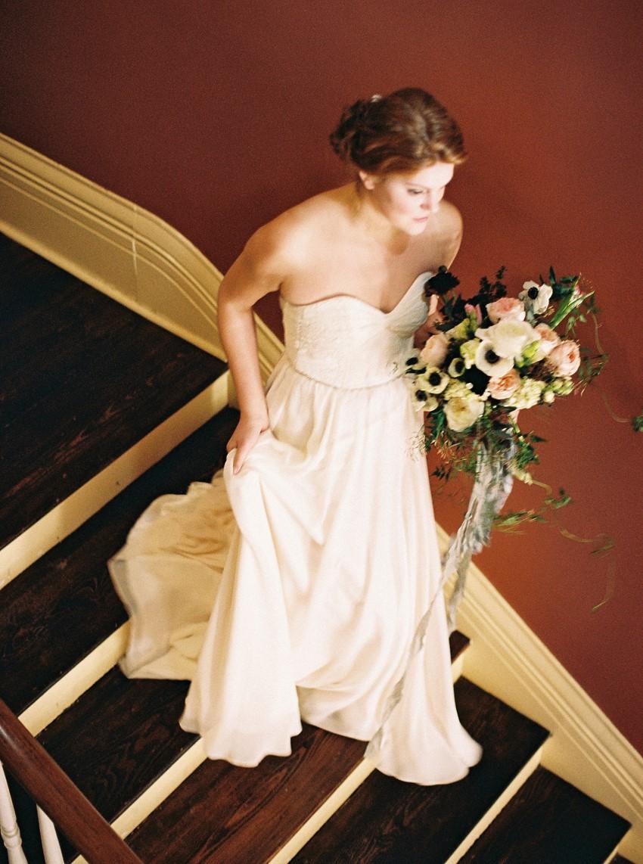 Romantic Bridal Inspiration - Fine Art Wedding Inspiration