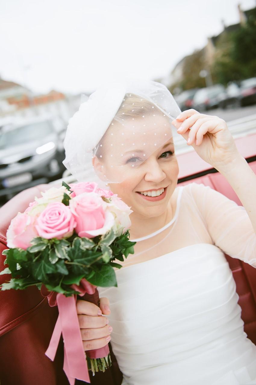 Pillbox Bridal Headpiece & Birdcage Veil - A Sweet 1950s Inspired Wedding in Vienna